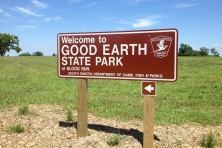 SD Good Earth State Park Sign Clint Miller 645x430