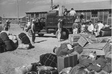 minidoka japanese internment camp baggage 645x430