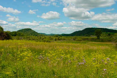 The Ice Age National Scenic Trail stretches more than 1,000 miles across Wisconsin. Photo by NPS.