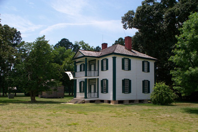 Harper House, a field hospital, at the Battle of Bentonville. Photo by Straitgate/Wikimedia